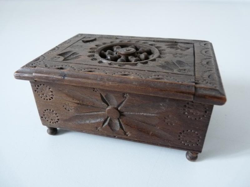 Meuble petit coffre bois maie pain breton huche jouet 17162 ebay - Huche a pain moderne ...