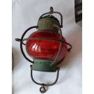 Lanterne rouge de signalisation maritime