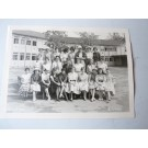 Photo d'école de filles a Genève 1960 dédicacée Boissonnas