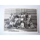 Photo d'école de filles a Genève 1954 dédicacée Boissonnas