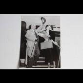 Photo Charlie Chaplin et Oona 1952 AGIP Cohen cinéma
