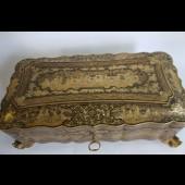 Grande boite bois laqué decors a l'or Japon XIXe siècle Canton