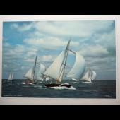 Grande photographie course Voiliers signée ?