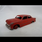 Voiture DINKY TOYS FORD SEDAN N°170
