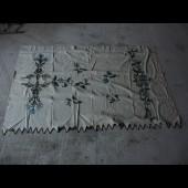 Nappe de table brodé de chardons en fil de soie